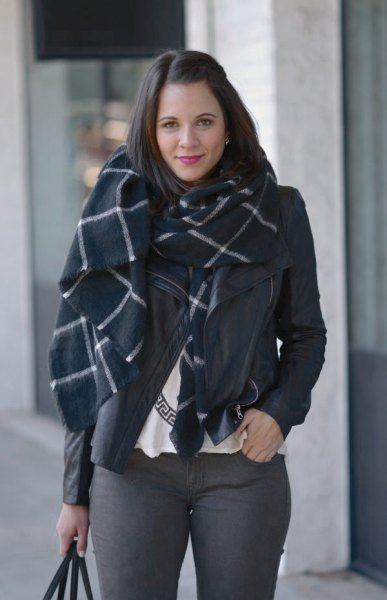 black and white plaid wool scarf with grey skinny jeans
