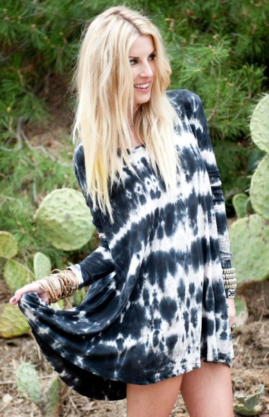 black and white tie dye long sleeve shirt dress with sandals