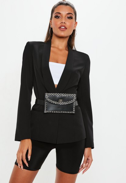 black blazer with skinny shorts and white crop top