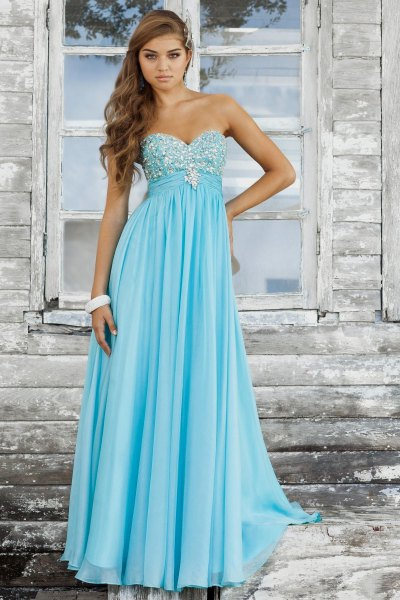 sweetheart neckline light blue and silver chiffon maxi dress