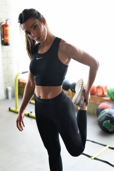 black crop top with nike high waisted running leggings