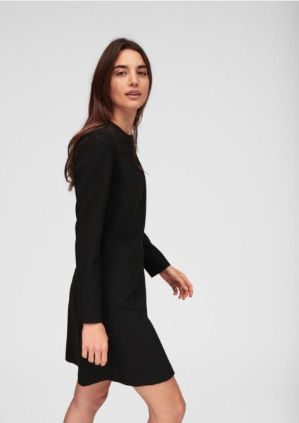 black long sleeve mid length shift dress