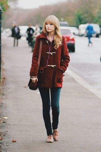 dark wool coat with skinny jeans and brown dress shoes