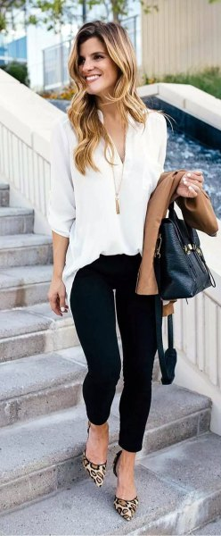 white chiffon blouse with black skinny jeans and leopard heels