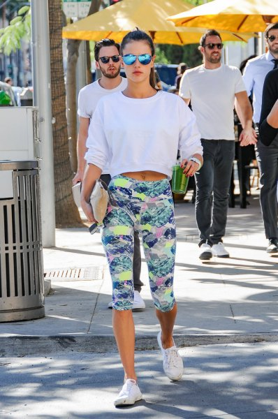 white cropped sweatshirt with grey and yellow printed cropped leggings