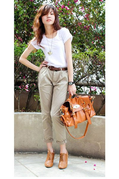 white t shirt with light brown cuffed chinos