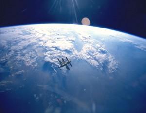 La Terra e la MIR