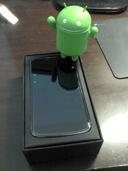 Nexus 4 現身