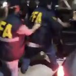 Video: brutal linchamiento en Gerli mientras detenían a una pareja acusada de violar y prostituir a una nena de su familia