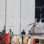 Inmoral: Juan Manzur voló a Estados Unidos avión sanitario de Tucumán