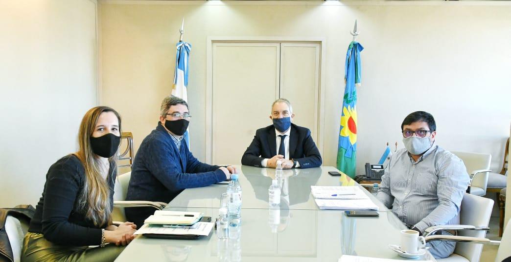 Acuerdo de dos ministerios provinciales para fomentar actividades laborales agropecuarias en las Unidades Penitenciarias