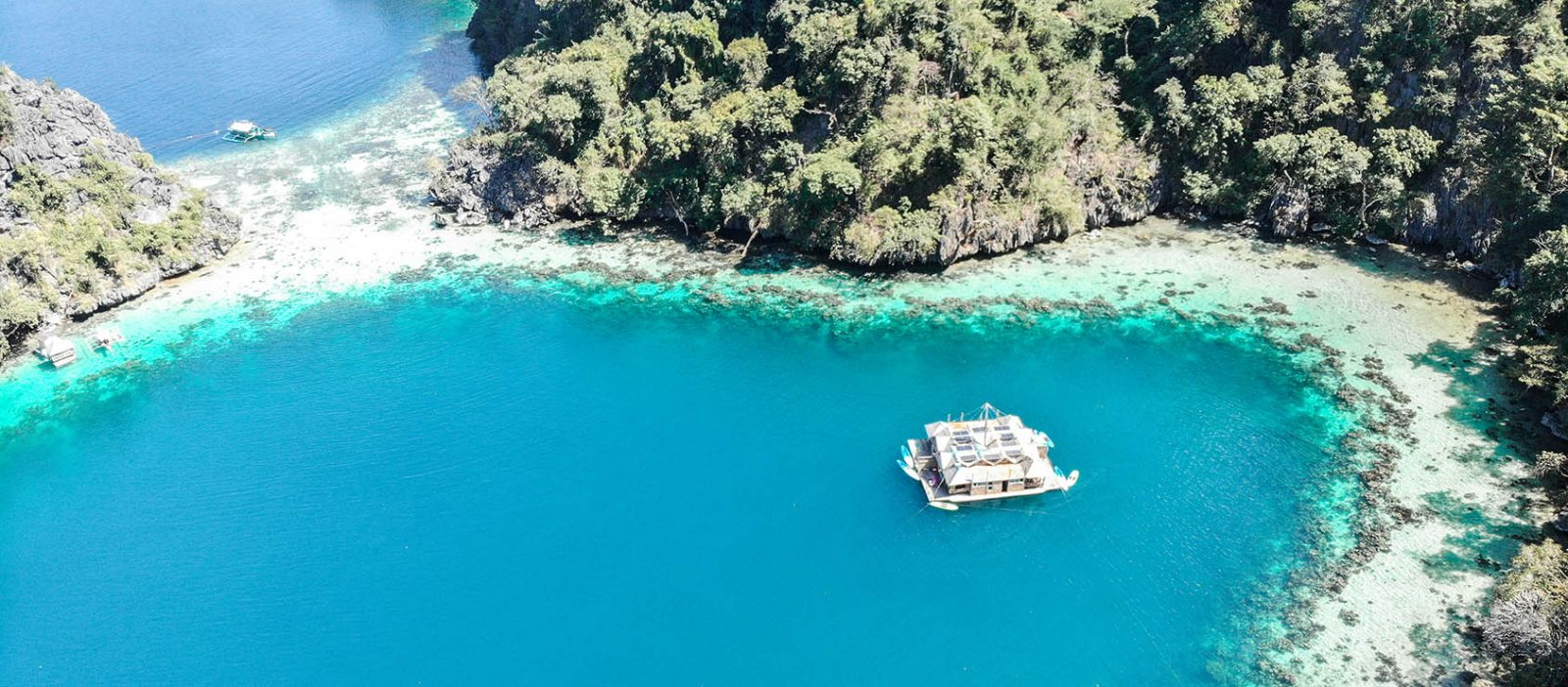 Meilleur-hotel-Coron-Paolyn-Boat-Houses-FMR-traveblog