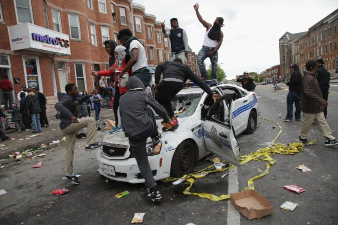 baltimore-riot-police-car
