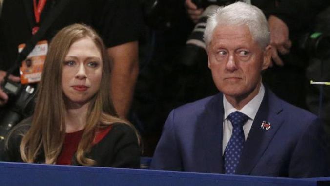 Bill & Chelsea at debate