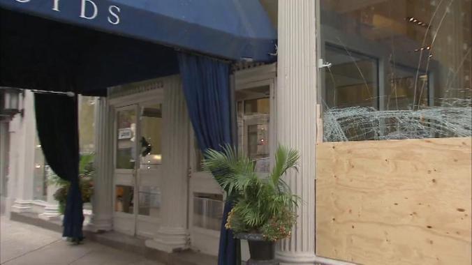 boyds-store-smashed