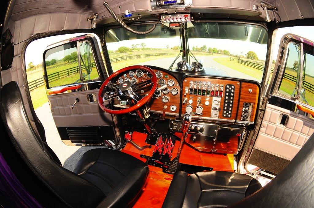 2005 Peterbilt 379x Custom Heavy Spec