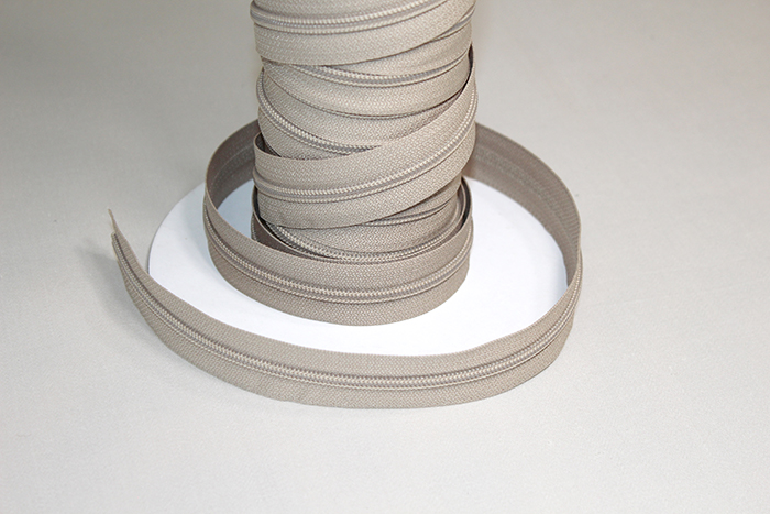 Nylon Zippers (Zipper)