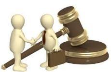 En un juicio, saber cómo les fue a personas similares a mi puede afectar mis decisiones