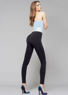 or_Oroblu-Push-Up-Leggings-Lifestyle