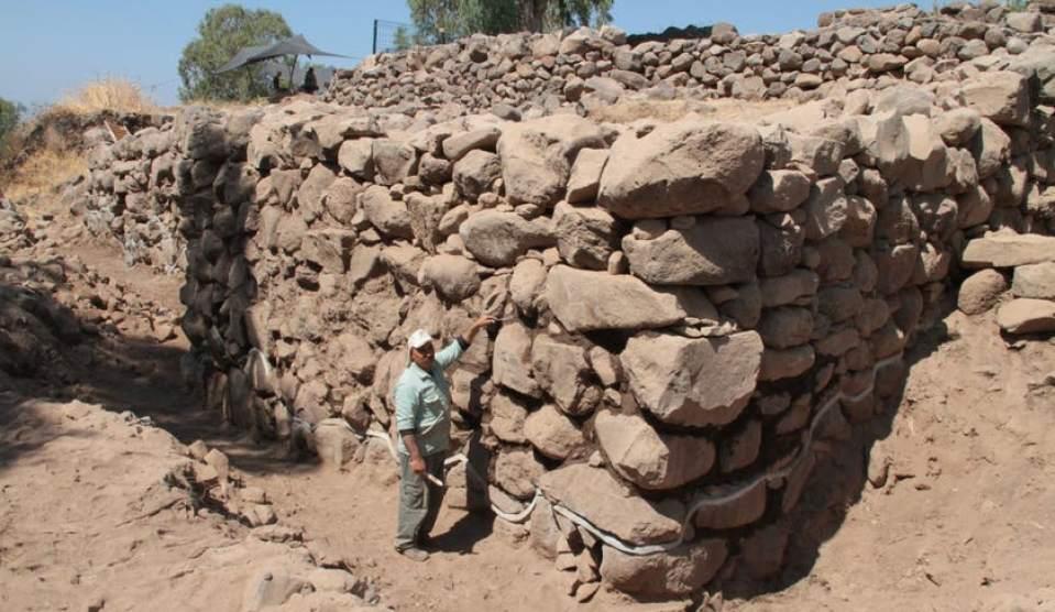 В Израиле найдена библейская деревня, где Иисус накормил пятью хлебами 5...