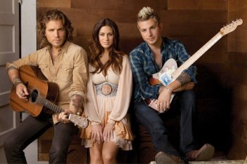 Gloriana, Can't Shake You