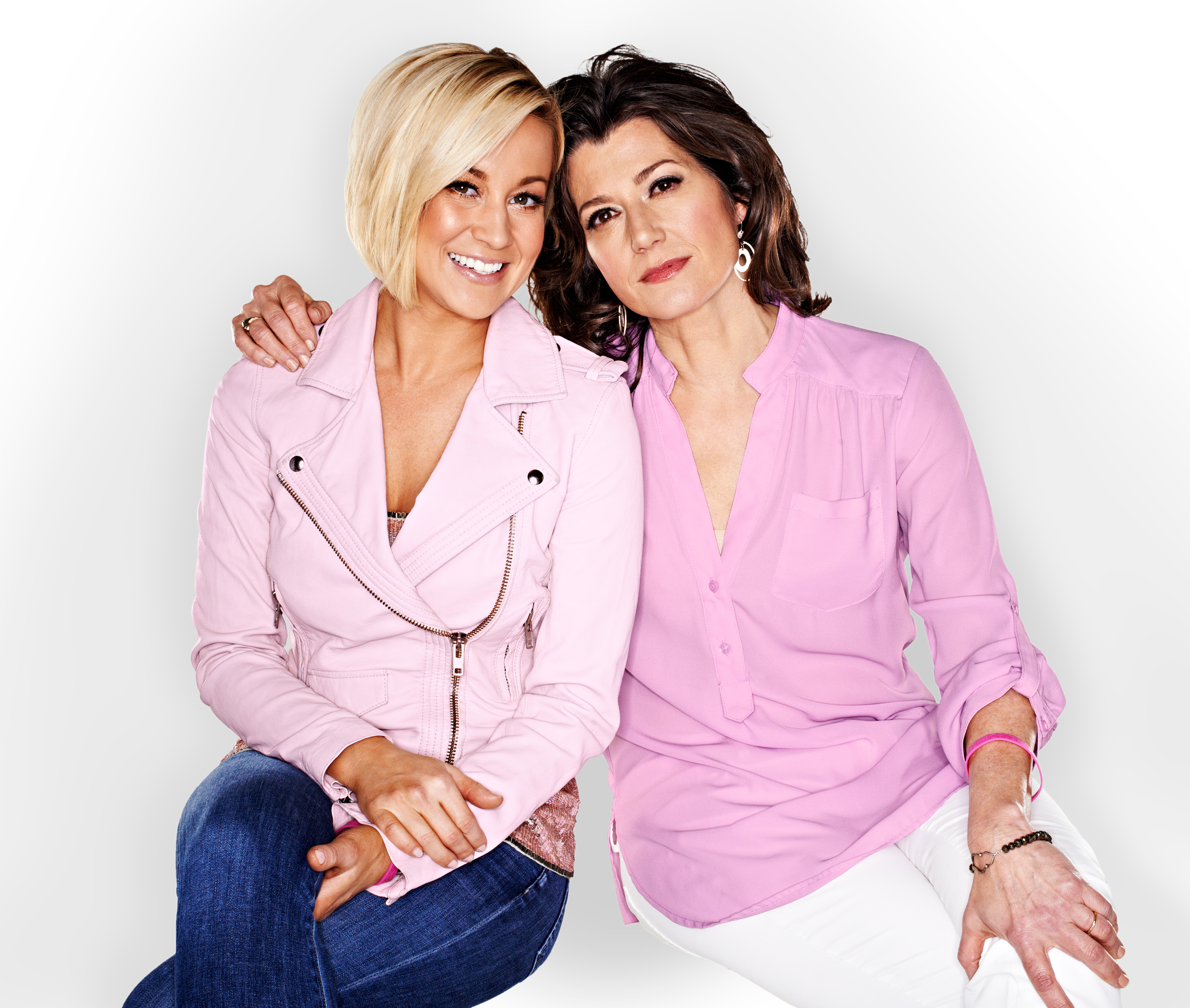 Kellie Pickler and Amy Grant