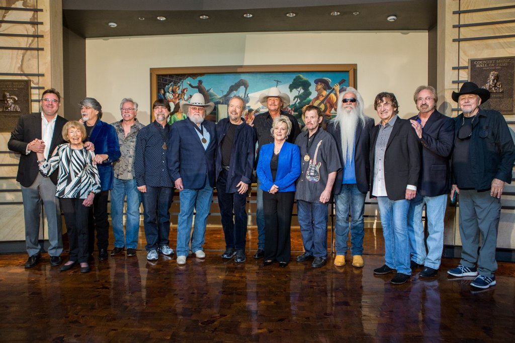 cma announces 2017 inductees into the country music hall of fame