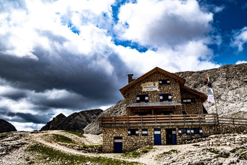 Rifugio Antermoia trekking