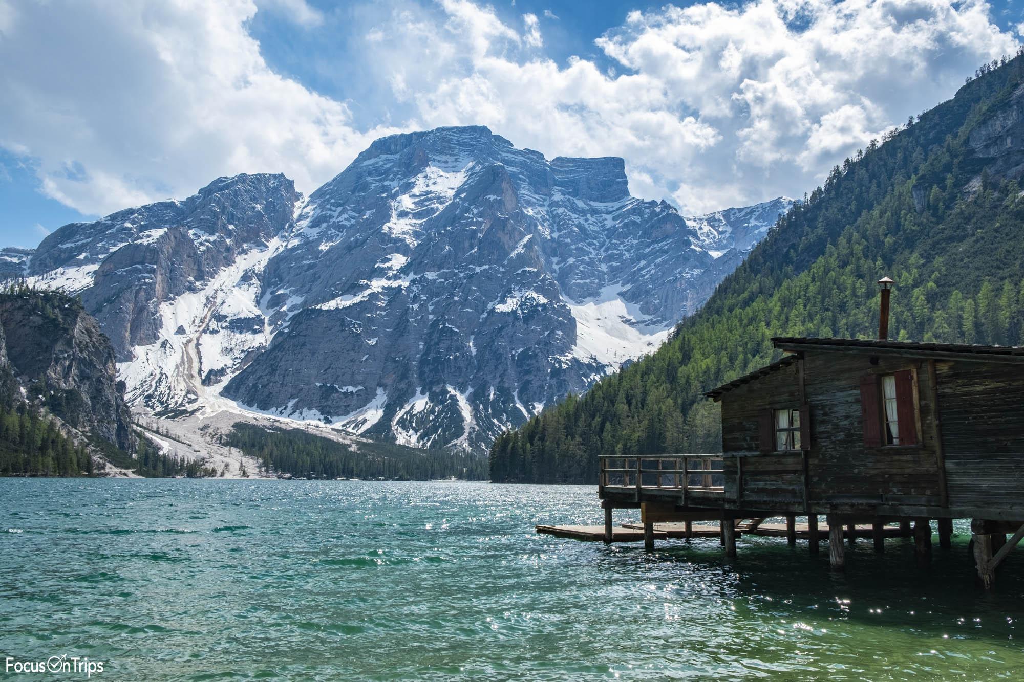 lago di braies trekking