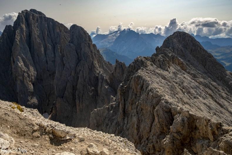 salita cima sassopiatto trekking da passo sella