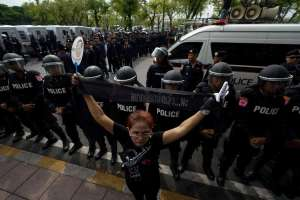 2018-05-22t043249z_1832715426_rc18ae851ca0_rtrmadp_3_thailand-politics.jpg