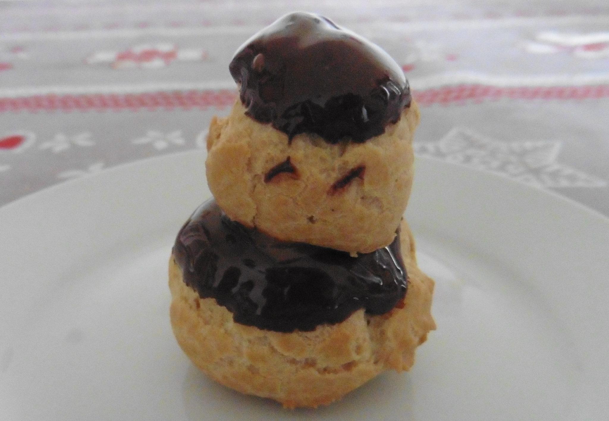 Comment faire des choux bien gonflés sans Gluten, recette des choux à la crème chocolat pauvre en FODMAP, sans Gluten et sans Lactose