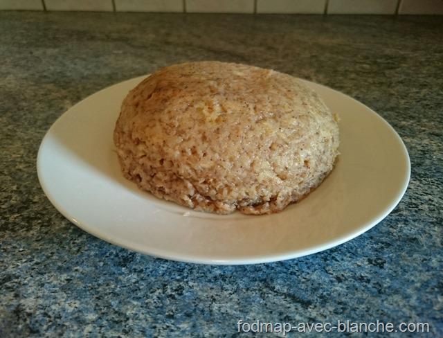 Recette Bowl cake à la banane pauvre en FODMAP, sans lactose, sans gluten