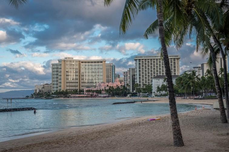 180807_3021 Prince Kuhio Statue in Waikiki