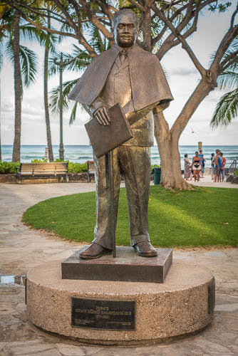 180807_3031 Prince Kuhio Statue in Waikiki