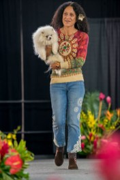 fokopoint-4141 Celebrities and Their Pets Fashion Show