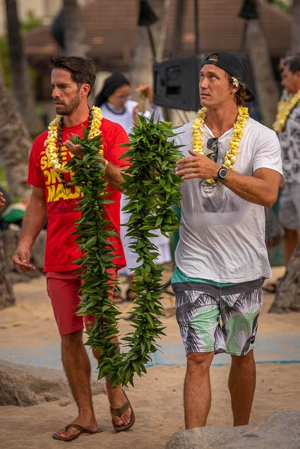 duke-kahanamoku-statue-birthday-lei-draping-waikiki-fokopoint-6724 Duke Kahanamoku Lei Draping Ceremony