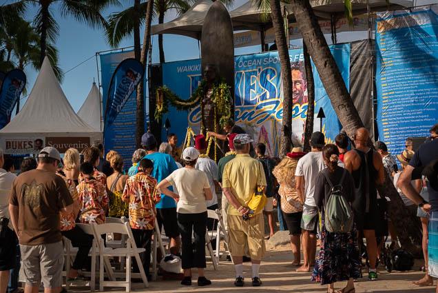 duke-kahanamoku-statue-birthday-lei-draping-waikiki-fokopoint-6775 Duke Kahanamoku Lei Draping Ceremony
