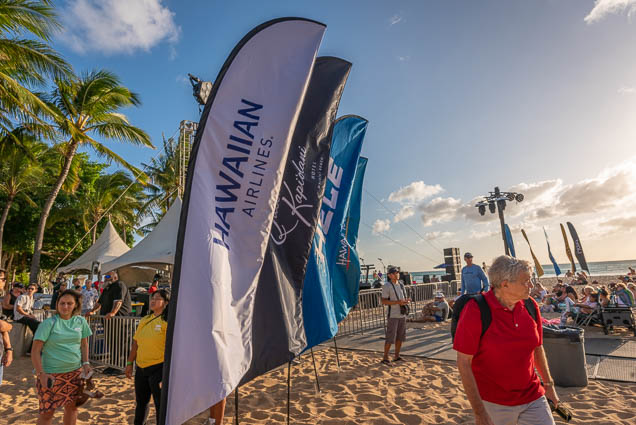 in-southern-sun-2019-queens-beach-waikiki-honolulu-fokopoint-7807 In the Southern Sun at Queen's Surf Beach