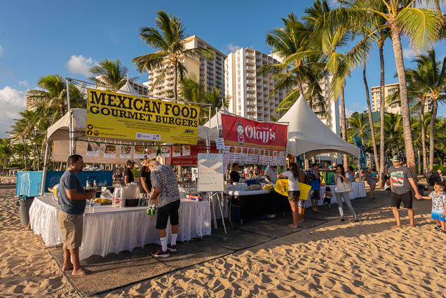 in-southern-sun-2019-queens-beach-waikiki-honolulu-fokopoint-7814 In the Southern Sun at Queen's Surf Beach