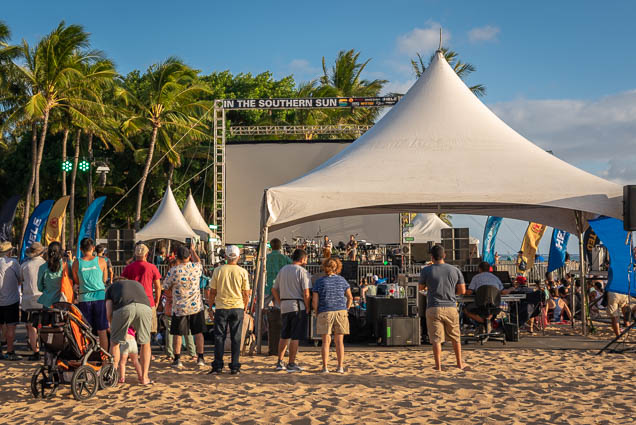 in-southern-sun-2019-queens-beach-waikiki-honolulu-fokopoint-7818 In the Southern Sun at Queen's Surf Beach