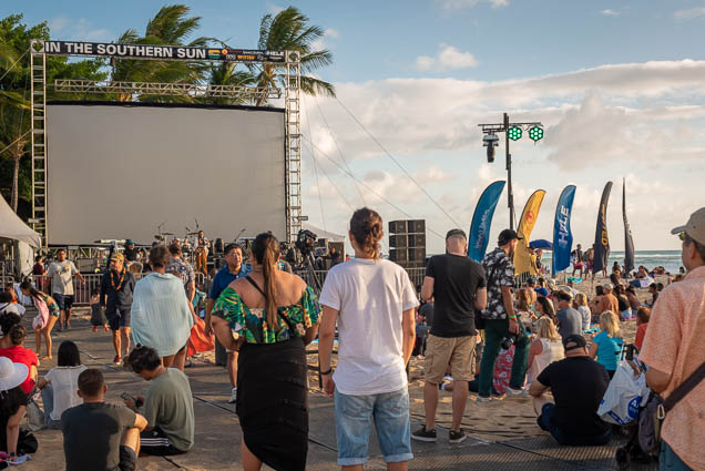 in-southern-sun-2019-queens-beach-waikiki-honolulu-fokopoint-7822 In the Southern Sun at Queen's Surf Beach