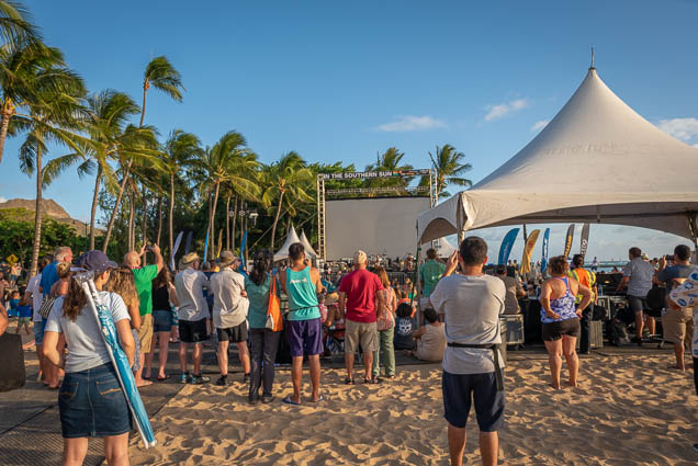 in-southern-sun-2019-queens-beach-waikiki-honolulu-fokopoint-7836 In the Southern Sun at Queen's Surf Beach