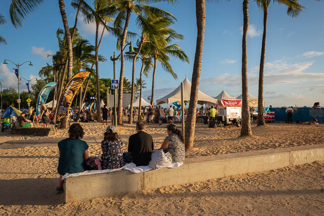 in-southern-sun-2019-queens-beach-waikiki-honolulu-fokopoint-7848 In the Southern Sun at Queen's Surf Beach