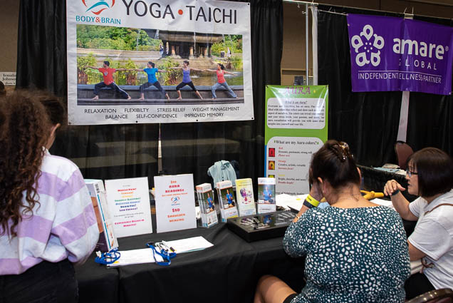 body-brain-yoga-taichi-ohm-expo-honolulu-2019-fokopoint-1103 Organic Holistic & Metaphysical Expo