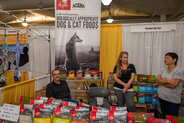 champion-dog-food-fokopoint-1158 Food and New Product Show at the Blaisdell