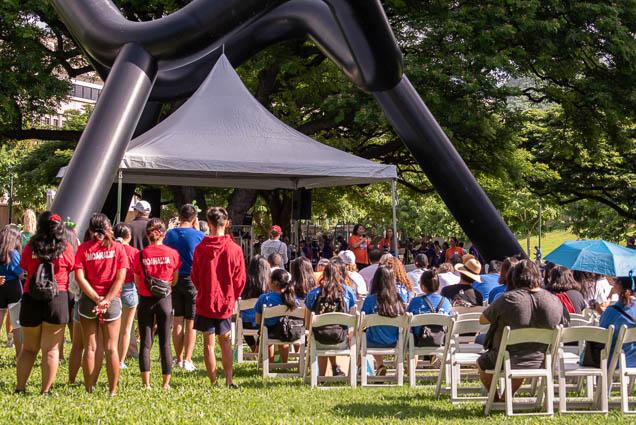 crowd-namiwalks-hawaii-honolulu-2019-fokopoint-0943 NamiWalks Oahu at Civic Grounds