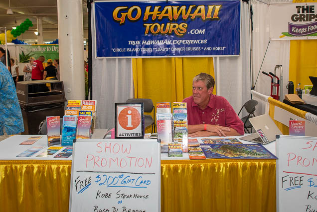 go-hawaii-tours-fokopoint-1160 Food and New Product Show at the Blaisdell