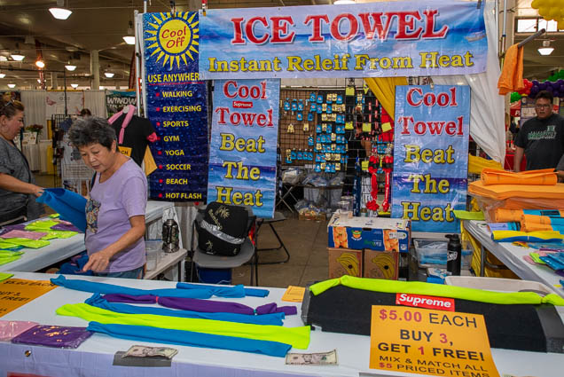 ice-towel-honolulu-fokopoint-1174 Food and New Product Show at the Blaisdell