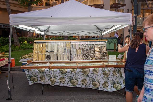 jewelry-waikiki-bazaar-festival-2019-fokopoint-1240 Waikiki Bazaar Festival